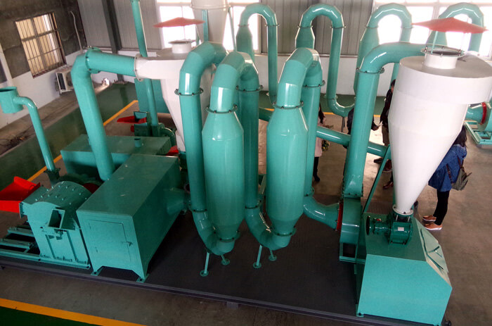 hot-airflow-sawdust-dryer-in-wood-briquettes-plant