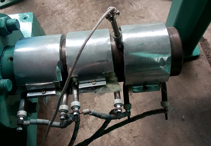 Wood-briquette-machine-heating-ring-connection